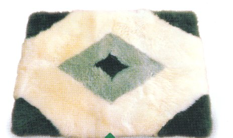 """TOUCH OF LIME "" SHEEPSKIN DESIGNER RUG"