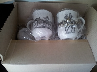 ROYAL FINE BONE CHINA BOX of 6 DELUXE DERBY HORSE RACING CUPS
